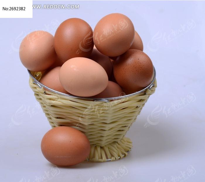 菜筐里的鸡蛋图片