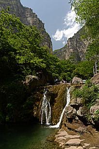 俏丽的云台山潭瀑峡