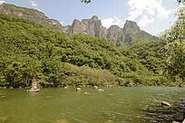 青山绿水子房湖