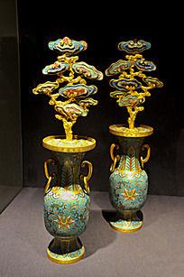 铜胎掐丝珐琅灵芝花瓶