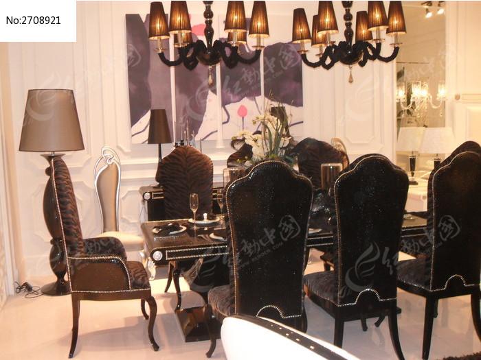优雅的欧式餐桌椅图片素材下载(编号:2708921)