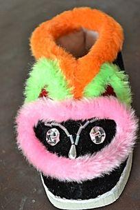 彩色兔子鞋