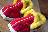 一双简约的宝宝鞋