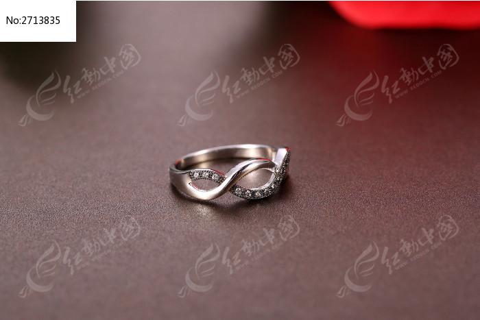 时尚的8字戒指图片素材下载(编号:2713835)
