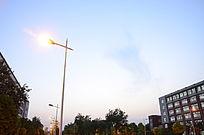 校园里的路灯