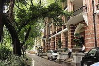 广州沙面两个保安看守的欧式酒店建筑