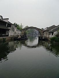 河流 民居 石拱桥