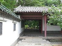 孔子文化园长廊尽头