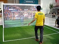 模拟踢足球游戏