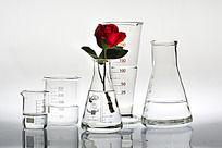 玻璃器皿 医疗器械 医疗用品 创意海报