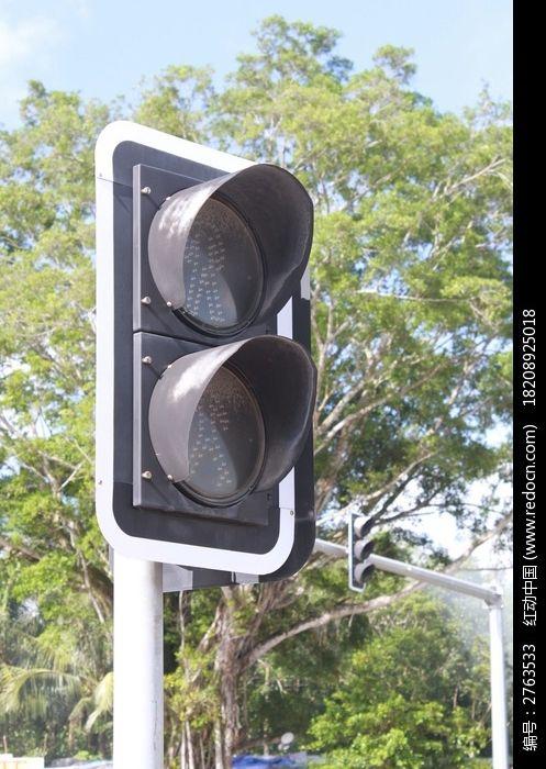 人行道红绿灯  交通信号灯