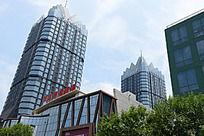 郑州东方商业广场的建筑群