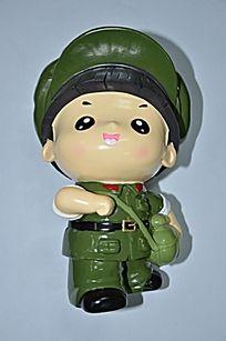 穿着军装的男性卡通人物储蓄罐