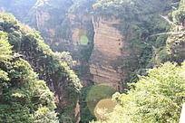 裂谷侧面远景