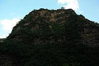 裂谷山崖全景特写