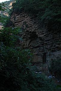 山崖峭壁石层