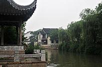 苏州木渎镇的勾角飞檐
