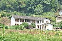 农村的泥瓦房