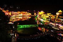 沱江两岸的凤凰夜景