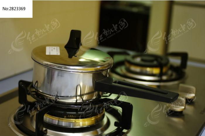 家居厨房用品图片