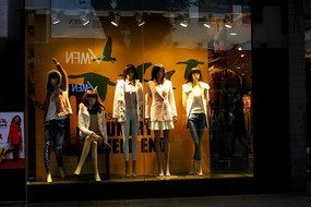 模特展柜设计