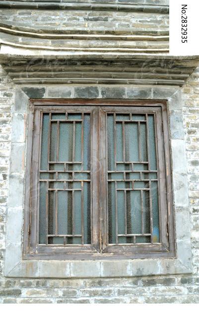 木房子窗户设计图片