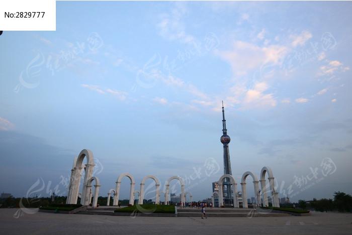 焦作龙源湖广场图片