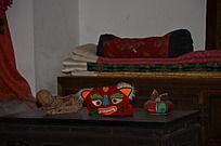 潍坊十笏园博物馆里少妇房中的虎头鞋