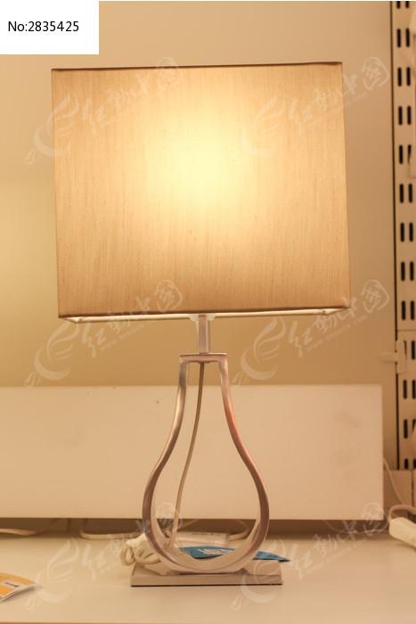 克拉伯欧式台灯图片,高清大图