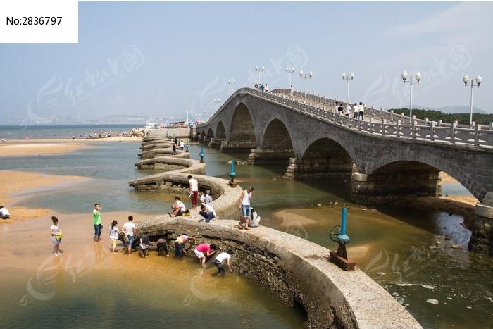 威海水上公园大桥图片