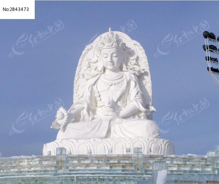 冰雪雕刻的佛像