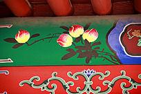 古建筑上彩绘的仙桃图案