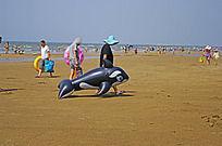 海豚形象的救生设备