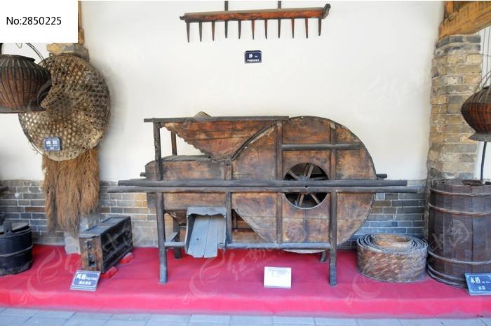 内乡县衙陈设的古代农具