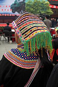 少数民族的头巾