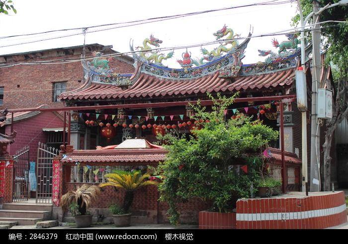 乡村寺庙图片
