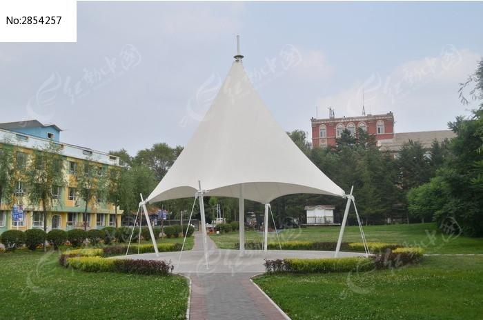 东北师范大学亭子图片