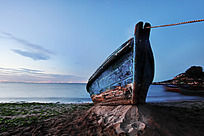 老旧的渔船