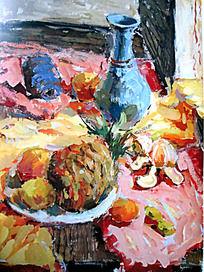 水粉画蓝色花瓶与盘子中的菠萝以及剥开的桔子