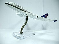中国南方航空正面飞机模型