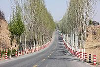 畅通的乡村公路