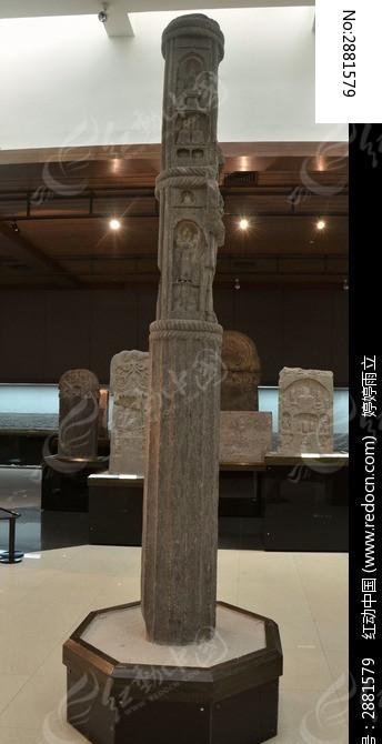 佛塔石刻柱