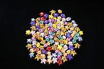 俯拍一堆幸运星