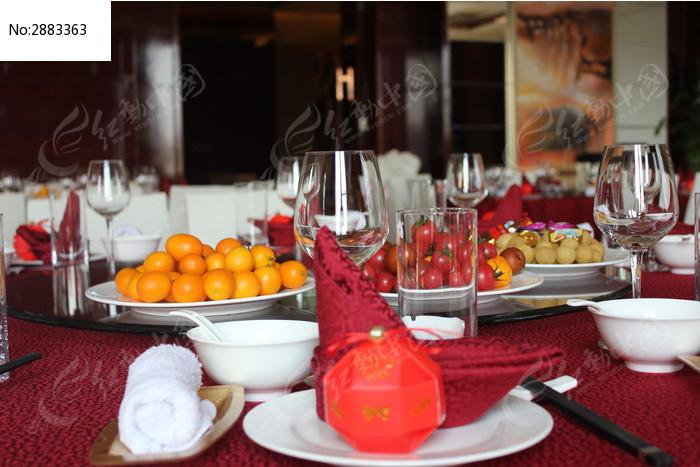原创摄影图 餐饮美食 中国菜系 > 摆台图片  素材编号 : 2883363(独家图片
