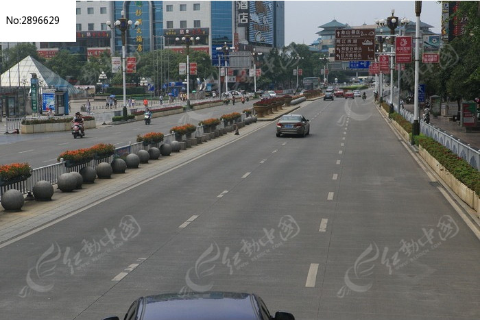 桂林中山路广场路段图片