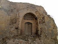 破旧的窑洞