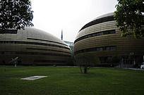 郑州东区的艺术文化中心的标志性建筑