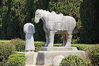乾陵的仗马与牵马石人