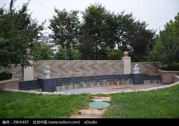 寿光公园里的水景背景墙