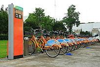 九山公园里的公共自行车服务站